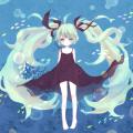 深 海 少 女
